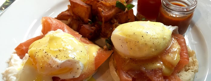 Friend of a Farmer is one of NYC's Best Eggs Benedict Dishes.