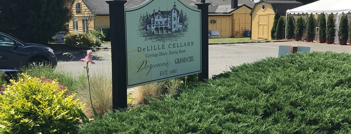 DeLille Carriage House Tasting Room is one of Locais curtidos por Kristen.