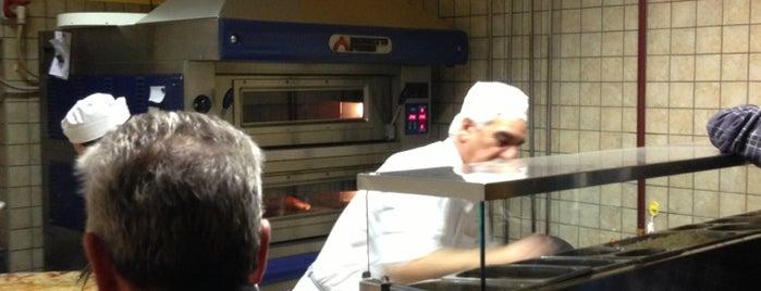 Pizzeria Piccola Italia is one of Ristoranti.