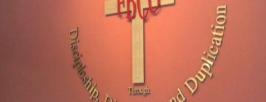 First Baptist Church Of Glenarden Ministry Center is one of Lieux qui ont plu à Darryl.