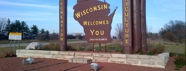 Wisconsin/Illinois Border is one of Tempat yang Disukai Candace.
