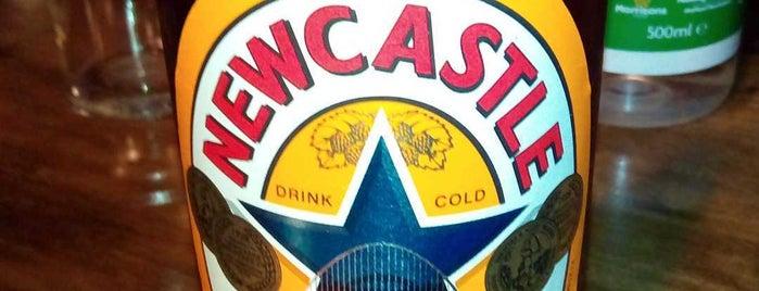 McCann's Rock N Ale Bar is one of Orte, die Carl gefallen.