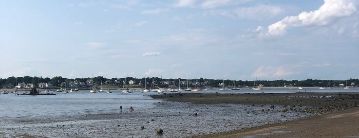 Dead Horse Beach is one of NorthShore MA.