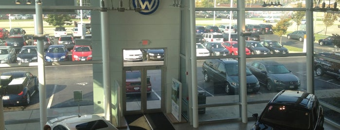 Boucher Volkswagen is one of Orte, die Rob gefallen.