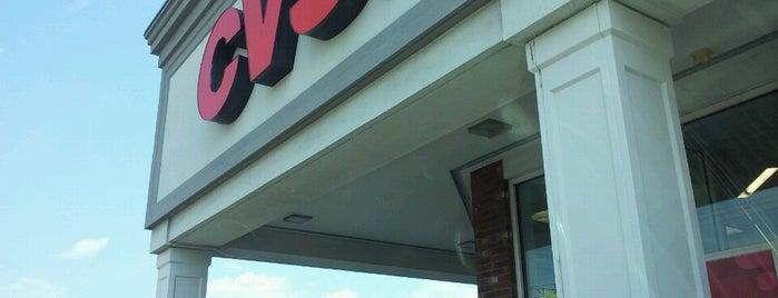 CVS pharmacy is one of สถานที่ที่ Gayla ถูกใจ.