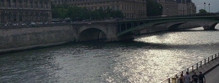 Parc Rives de Seine is one of Lieux qui ont plu à Richard.