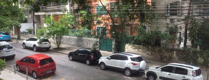 Rua Eurico Cruz is one of Locais curtidos por João.
