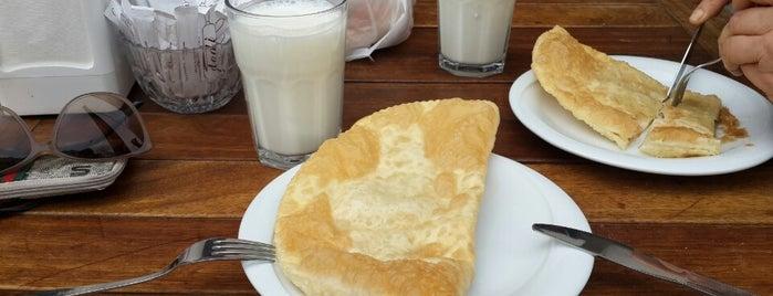 Dodi Çiğ Börek is one of Çiğ Börek.