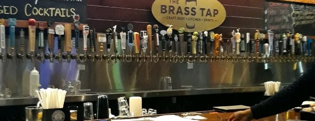 The Brass Tap is one of Lugares favoritos de George.