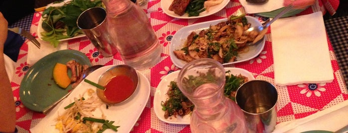 Pok Pok NY is one of Bell House.