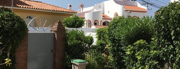 Calle el cantal is one of Tempat yang Disukai Aurelio.