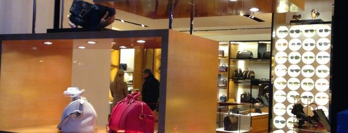 Louis Vuitton is one of Tim Maurice 님이 좋아한 장소.