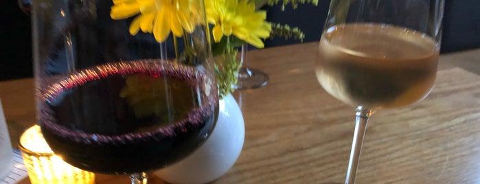 Cadet Wine & Beer Bar is one of Tempat yang Disimpan Tania.