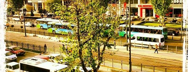 Pazartekke Tramvay Durağı is one of สถานที่ที่ Can ถูกใจ.