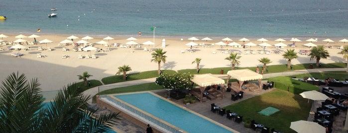 Radisson Blu Resort, Fujairah is one of Gespeicherte Orte von Syuzi.
