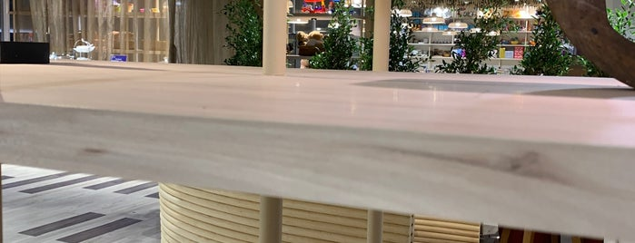 Thai Airways Royal Silk Lounge is one of visited int..