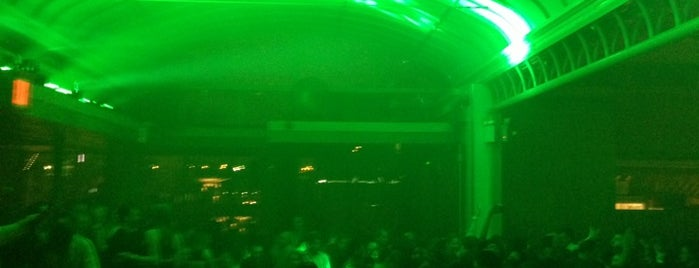 Hudson Terrace is one of Best Clubs in NYC.
