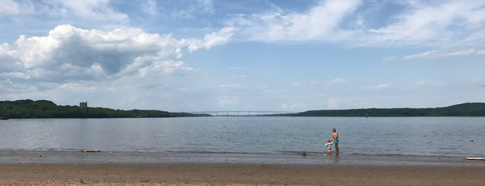 Kingston Point Beach is one of Upstate Escape.