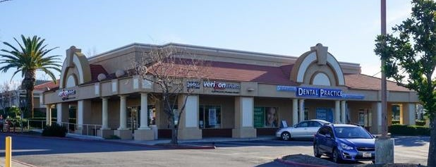 Temecula Dental Practice and Orthodontics is one of Lugares favoritos de Ashley.