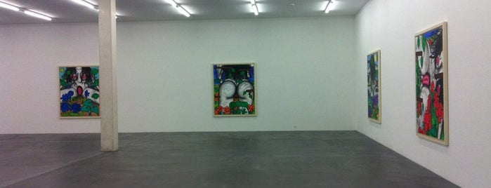 Galerie Eva Presenhuber is one of Tempat yang Disukai David.