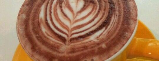 Coffee-ish is one of Gespeicherte Orte von Jaclyne.