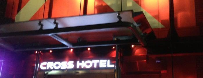 Cross Hotel Osaka is one of สถานที่ที่ diana ถูกใจ.