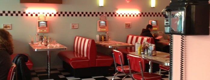 Peggy Sue's is one of BCN.
