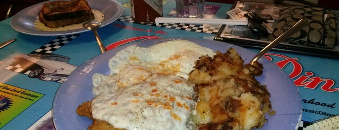 Classic Diner is one of Breakfast spots.