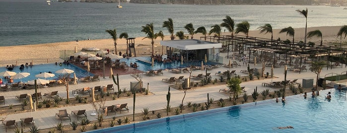 Riu Palace Baja California is one of Rさんのお気に入りスポット.