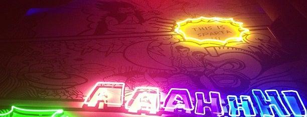 Comics Cafe&Bar Phuket is one of Gespeicherte Orte von Edward.