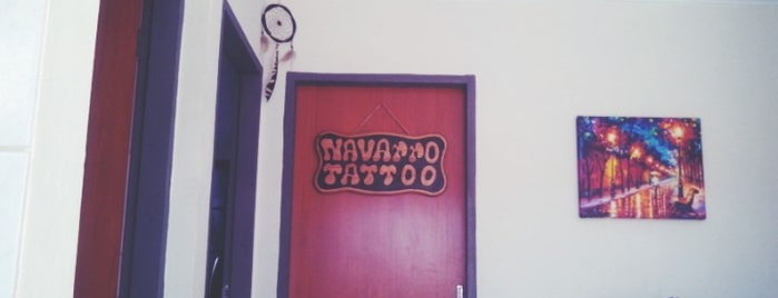 Navarro Tattoo is one of Orte, die Mayara gefallen.