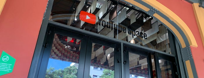 YouTube Space Rio is one of Valter 님이 저장한 장소.