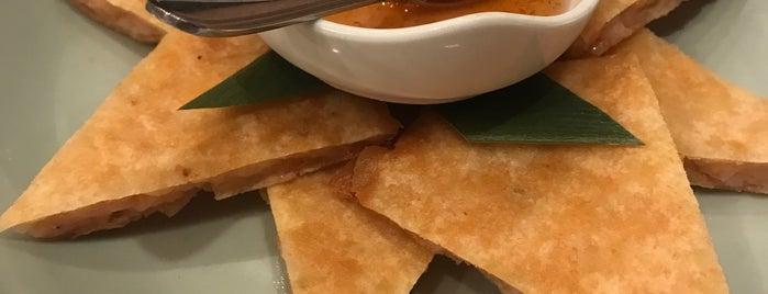 瓦城泰國料理 Thai Town Cuisine is one of Lieux qui ont plu à Josh.