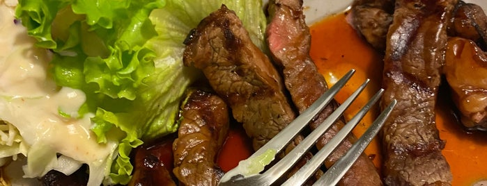 Azuma Japanese Restaurant is one of Justin : понравившиеся места.