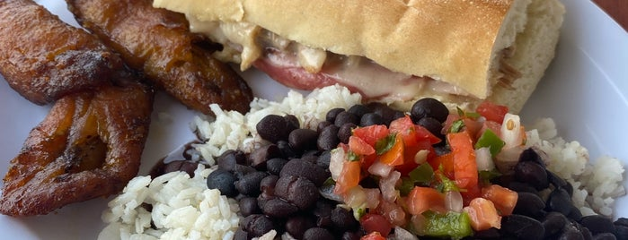 Havana Sandwich Company is one of Justin : понравившиеся места.