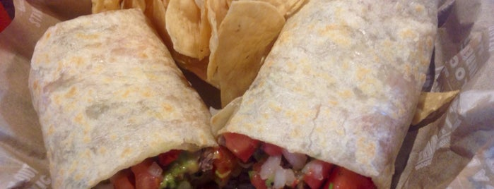 Sharky's Woodfired Mexican Grill is one of Lieux qui ont plu à Rachel.