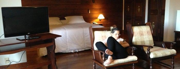 Hotel Alpina is one of Locais curtidos por Be.