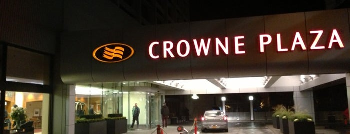 Crowne Plaza Boston - Newton is one of eracle.