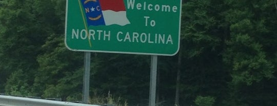 TN / NC State Line is one of Clarkさんのお気に入りスポット.