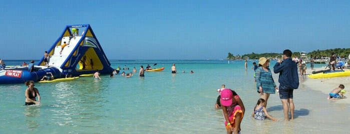 Tabyana Beach is one of Roatan.