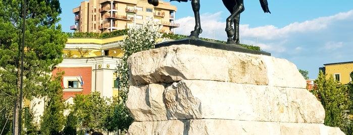 Tirana is one of Lieux qui ont plu à Humeyra.