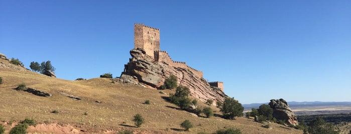 Castillo De Zafra is one of A'nın Beğendiği Mekanlar.