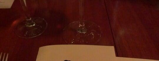 Ravens' Restaurant is one of Mendocino.