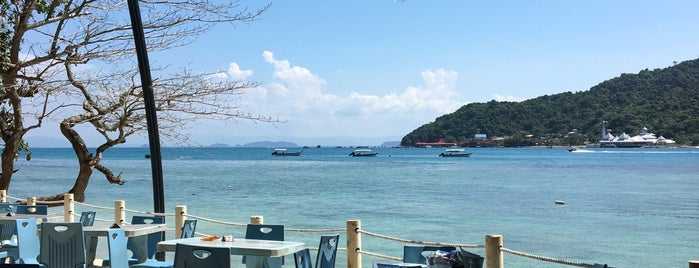 Cafe @The Barat, Pulau Perhentian is one of Locais curtidos por Kevin.