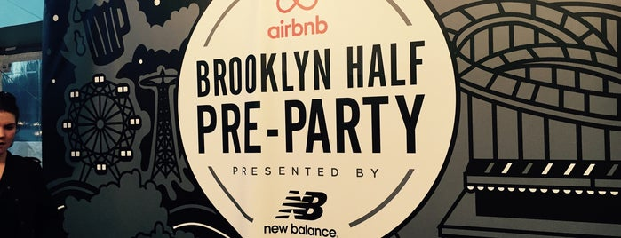 2015 Airbnb Brooklyn Half Pre-Party is one of E : понравившиеся места.