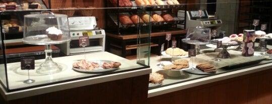 Panera Bread is one of Lugares favoritos de Lisa.