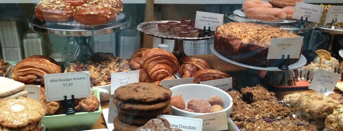 Huckleberry Cafe & Bakery is one of Doing LA right.