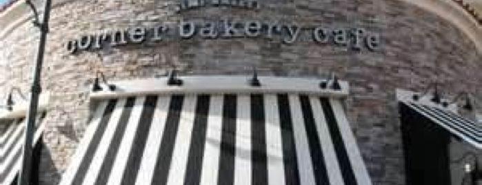Corner Bakery Cafe is one of Tempat yang Disukai Rosemary.