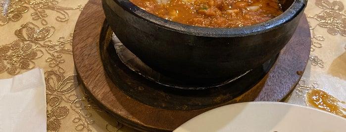 Sheba Restaurant مطعم سبأ اليمني is one of Locais curtidos por Richard.