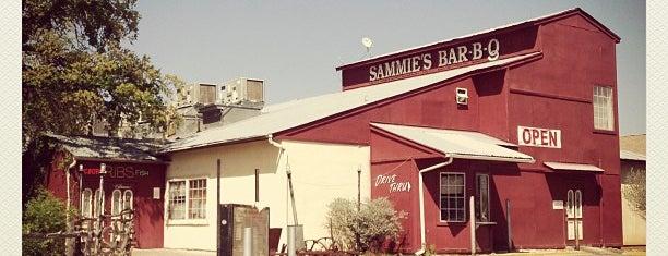 Sammie's Bar-B-Q is one of สถานที่ที่ al ถูกใจ.